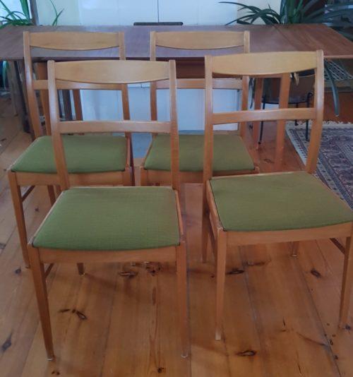Fyra 60-tals stolar med originalklädsel